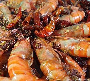 野生北极虾学名北方长额虾(pandalus borealis),又名冷水虾